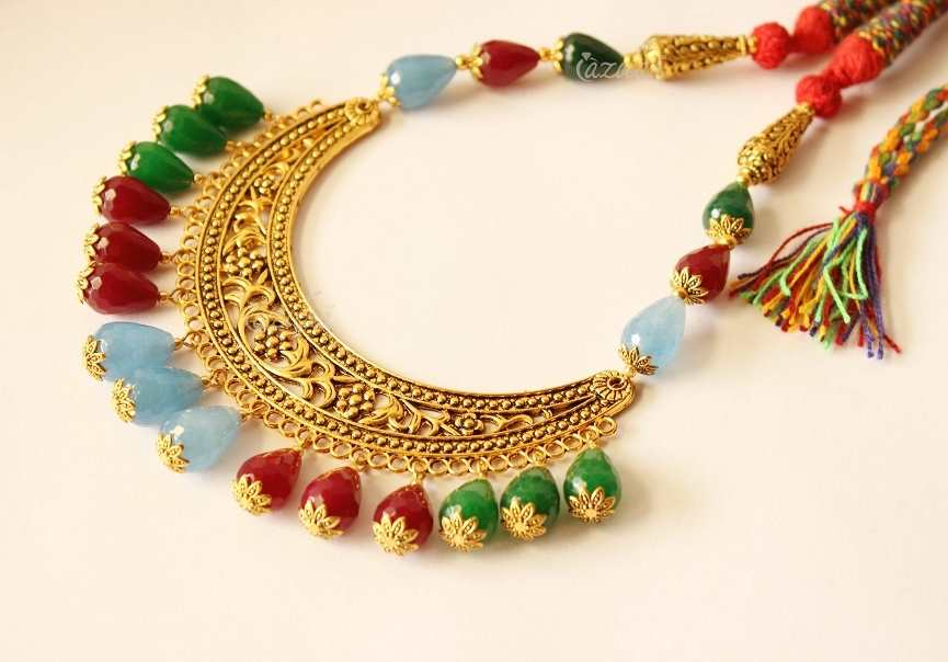 Women wear this Evergreen Jewelry in all Occasions for sure