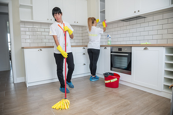 Speedy House Cleaning Services From Professional Cleaners
